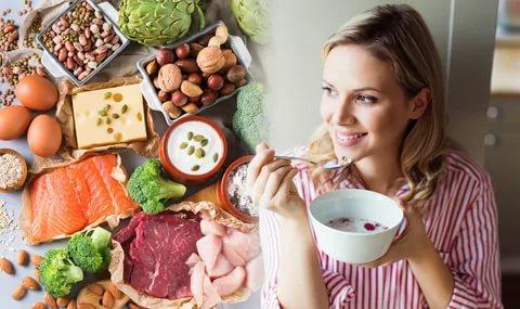 8 أطعمة تساعد على حرق دهون السيدات